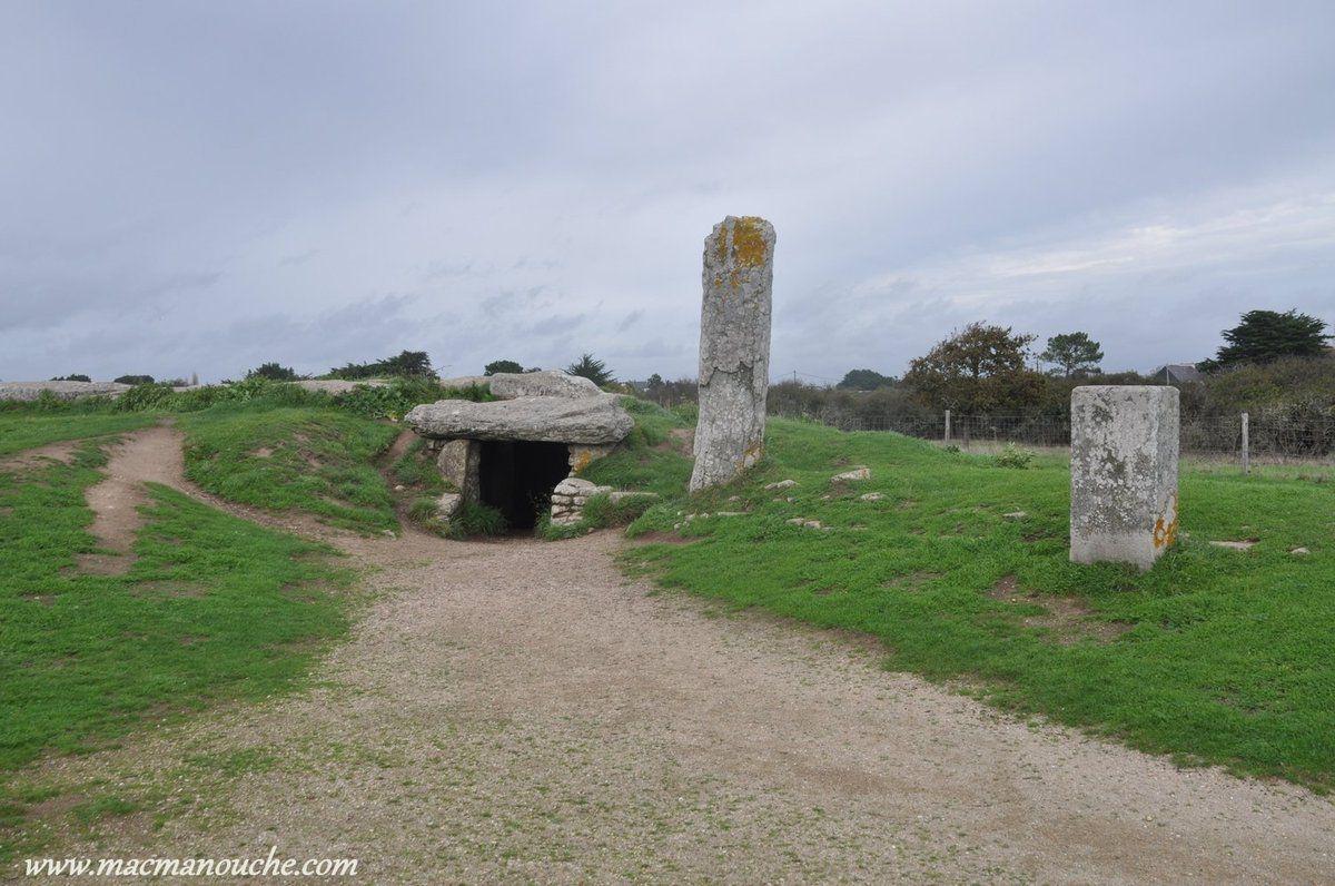 L'entrée du dolmen.