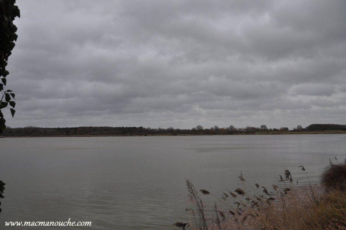 Elle est proche de l'étang Duris … == > …
