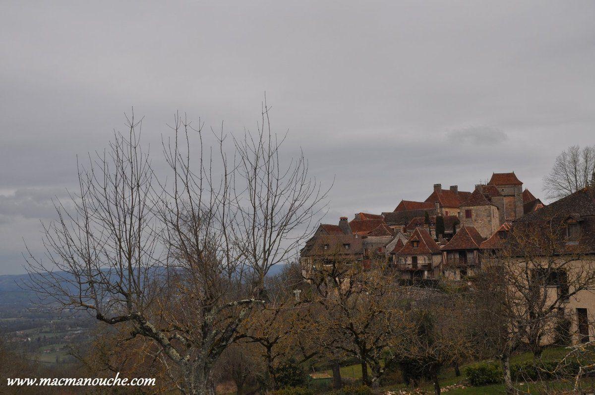 Loubressac, sortie de village