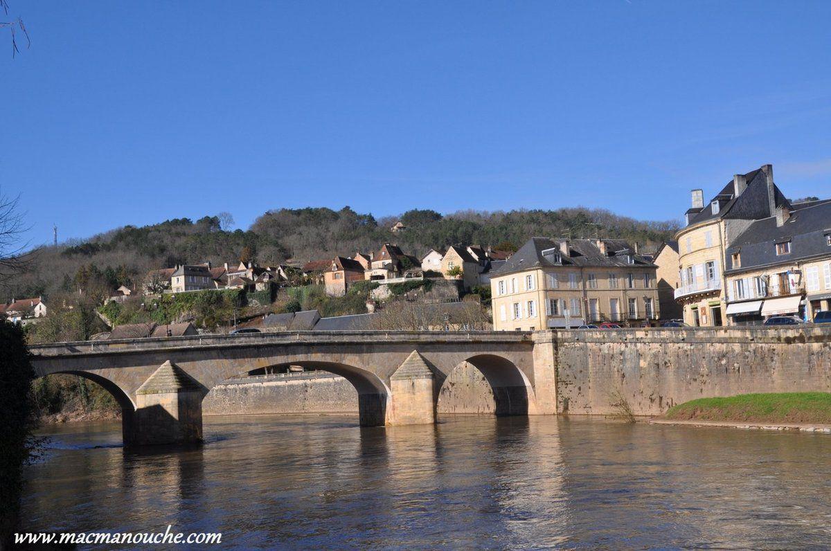 ==> et vue aussi sur le Pont Vieux.
