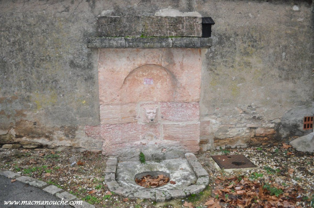 Fontaine.