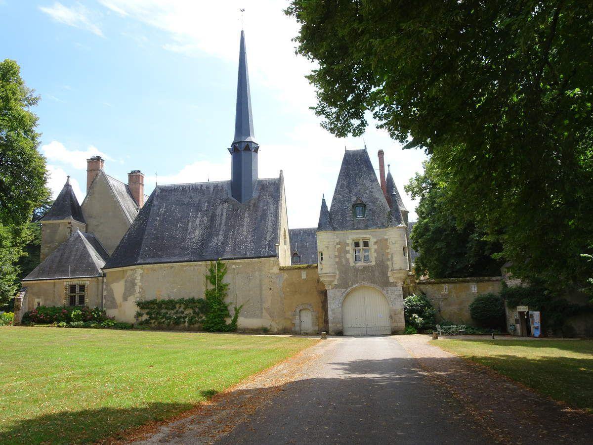 Les Châteaux de la Verrerie et d'Ainay le Vieil (Berry)
