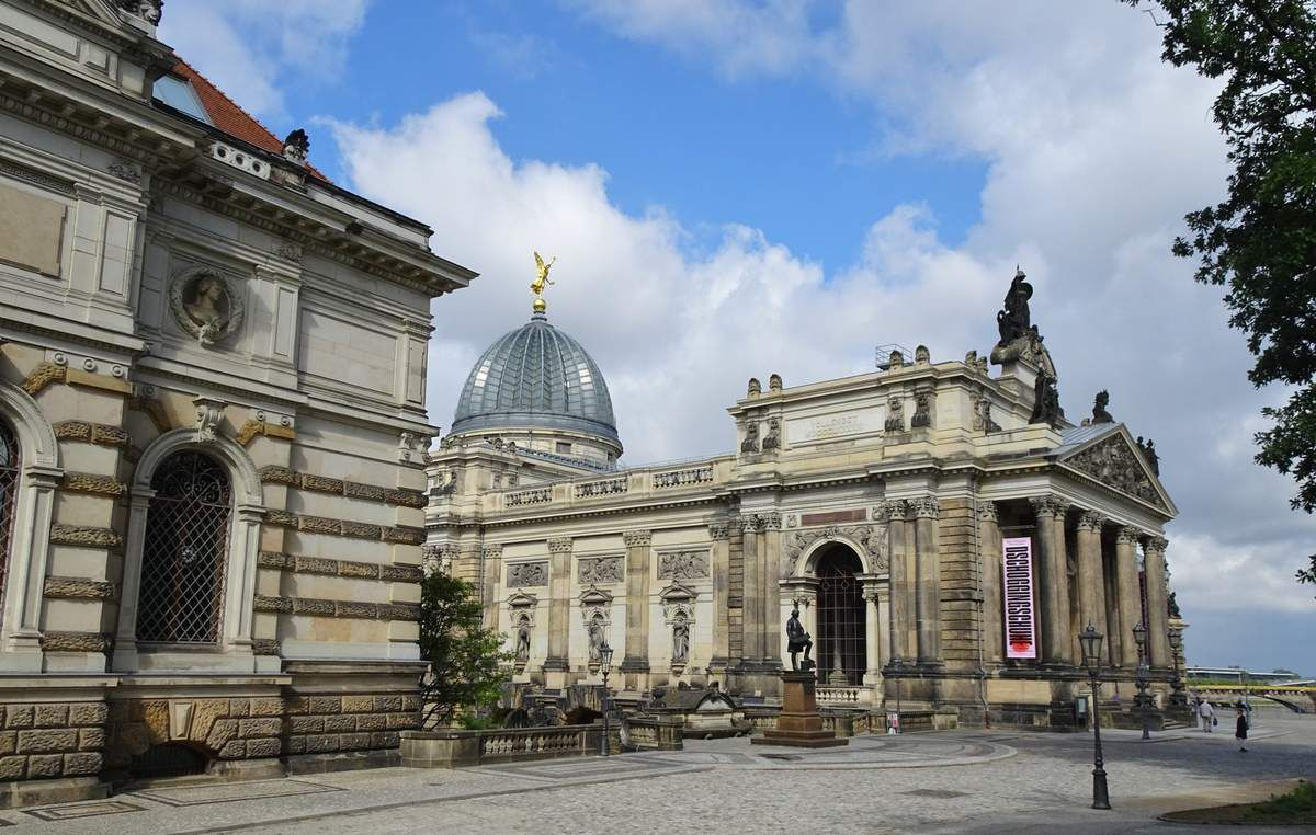 Dresde - Centre historique; églises, nouvelle voûte verte; voûte verte historique