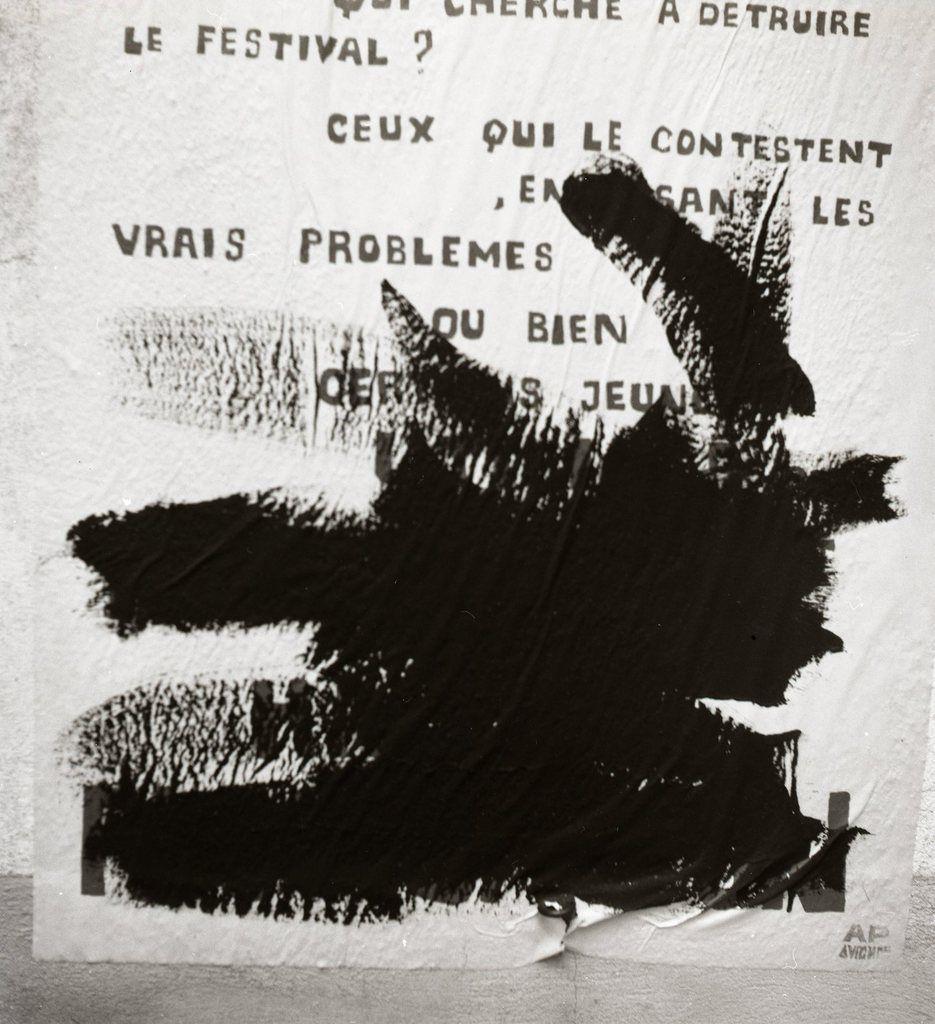 Je me souviens de Mai 68 : Grenoble-Alger : Aller-retour; 7. Avignon : Le festival contesté.