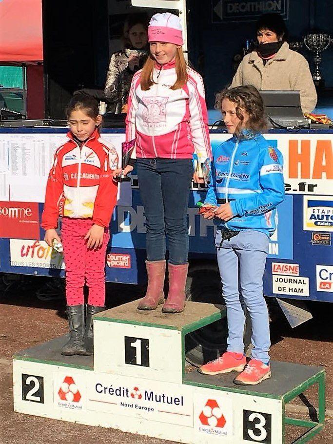 Adèle ONESIME se classe 1ère féminine au CX d'Ham dans la catégorie Pupilles. Julia DACHY et Sarah PONCE complètent le podium.