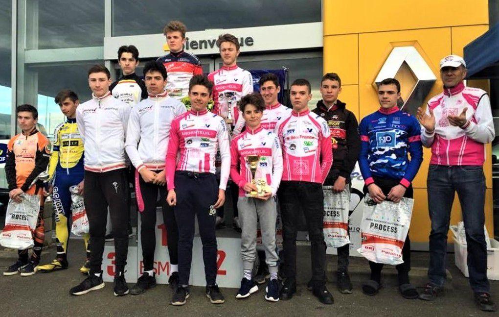 L'équipe cadets AVS95 remporte le PE de l'épreuve cadets d'Epernon (28) - Romain  DAVIOT se classe 2e (photo : ESMPC https://www.esmpc.fr/blog/?p=1147)