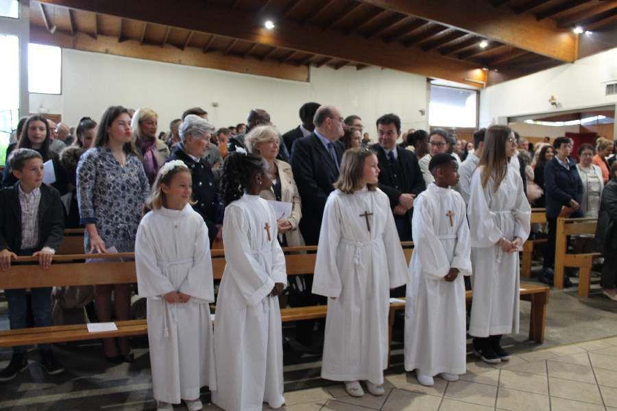 La I Communion à l'église St François de Montmorency le 19.5.2019