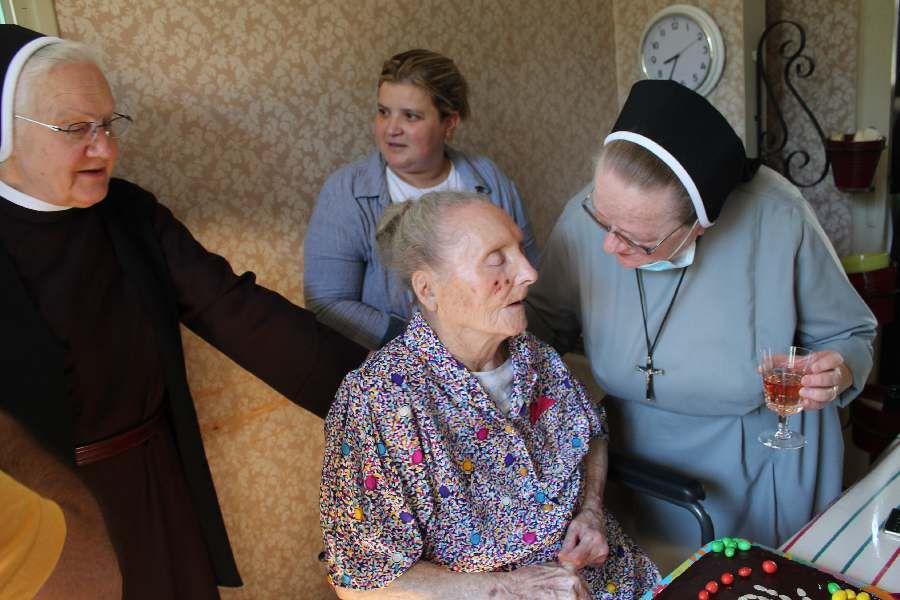 Anniversaire 101 ans de Mme Fleury