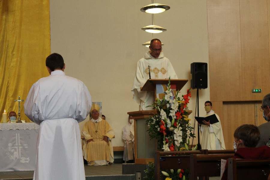 L'ordination diaconale d'Etienne Matrot à Cergy 5.9.2020- Swiecenia diakonatu