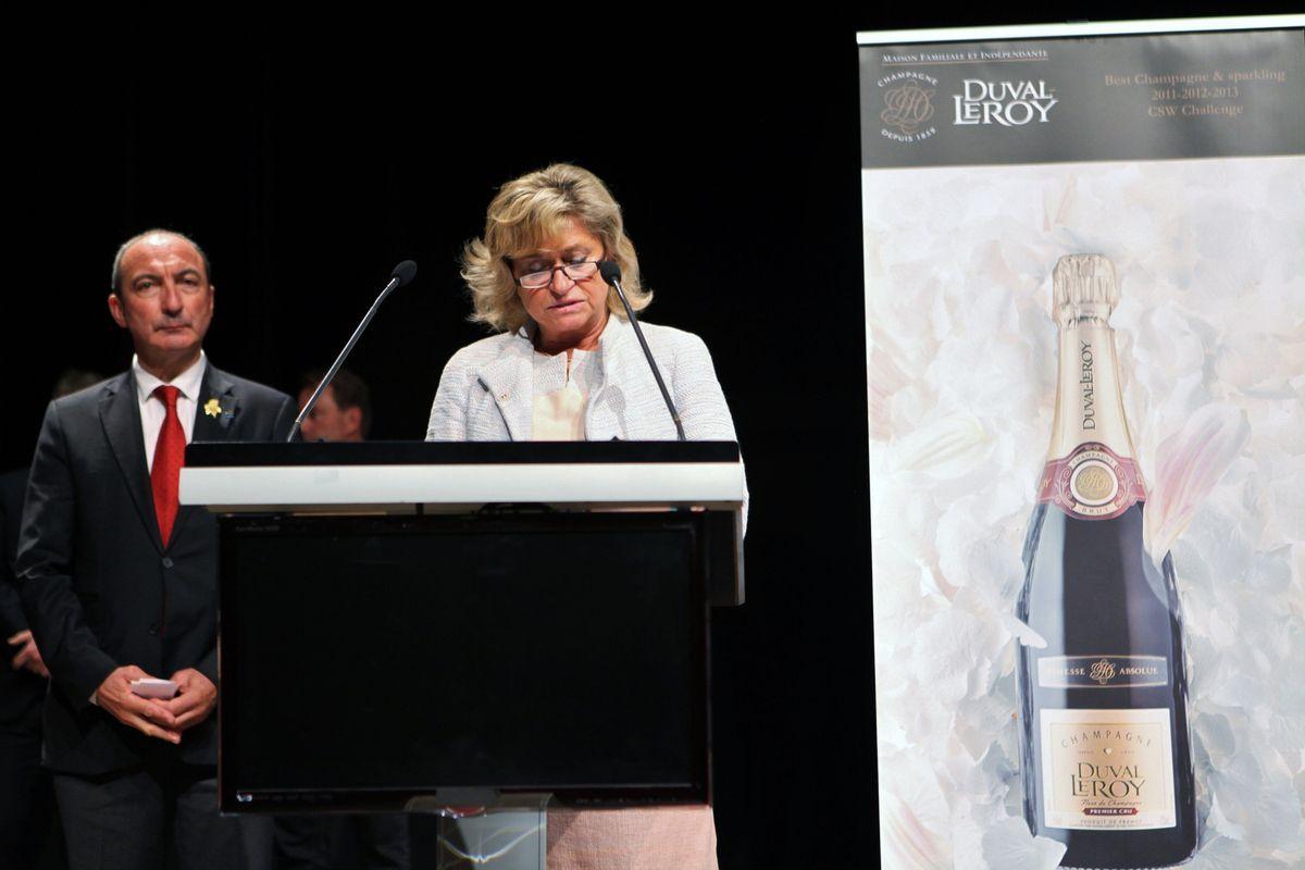 Tour à tour, Carol Duval-Leroy et Michel Hermet ont salué la performance des finalistes avant l'annonce du résultat.  © Jean Bernard