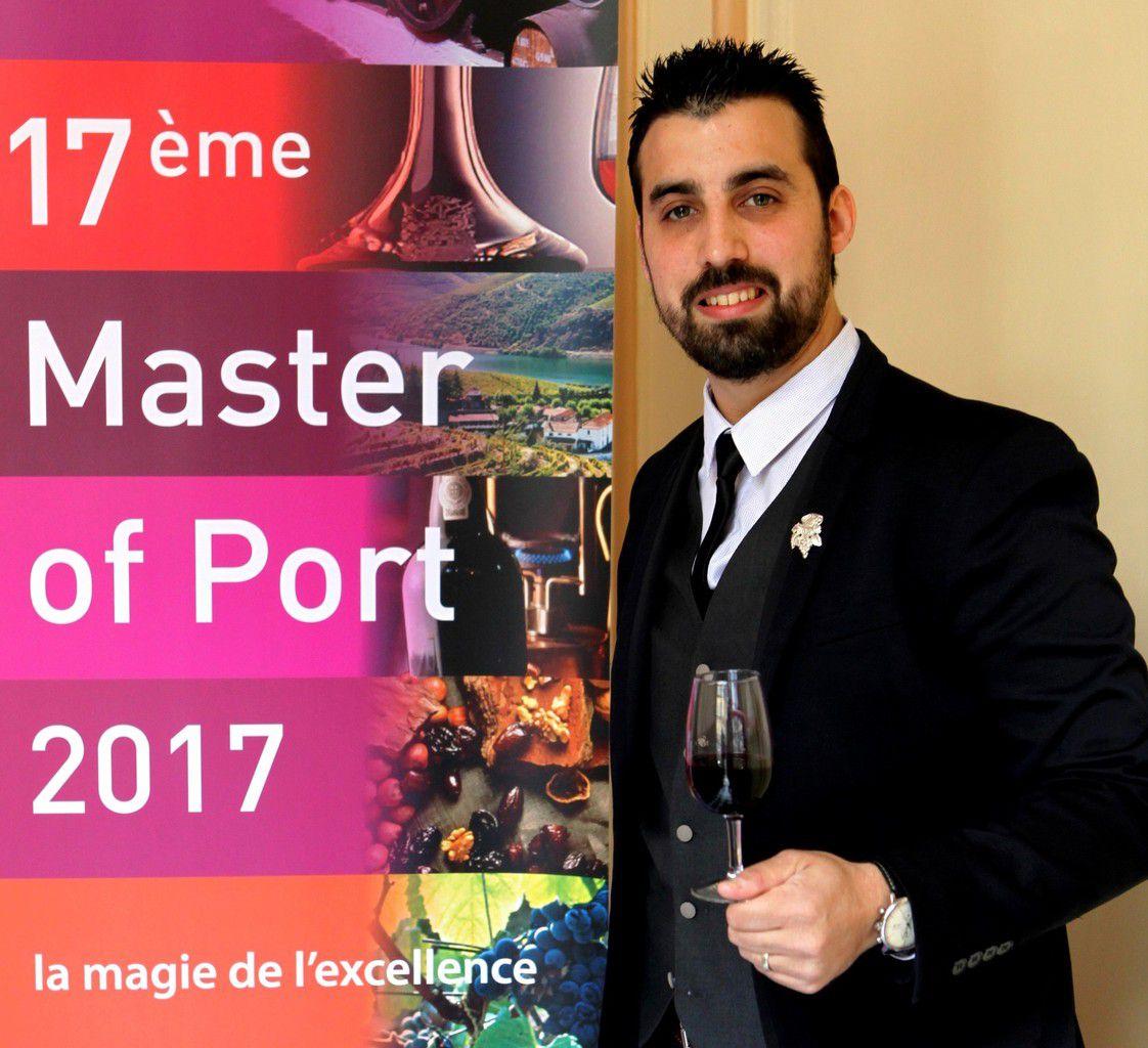 Des onze professionnels sélectionnés, Micael Morais est celui qui connaît sans doute le mieux les vins portugais. Mais il en faut beaucoup plus pour garantir une victoire. Photo JB