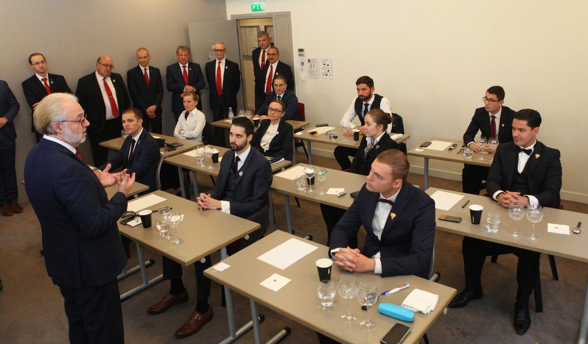 Philippe Faure-Brac a accueilli et encouragé les dix candidats. (Photo JB)