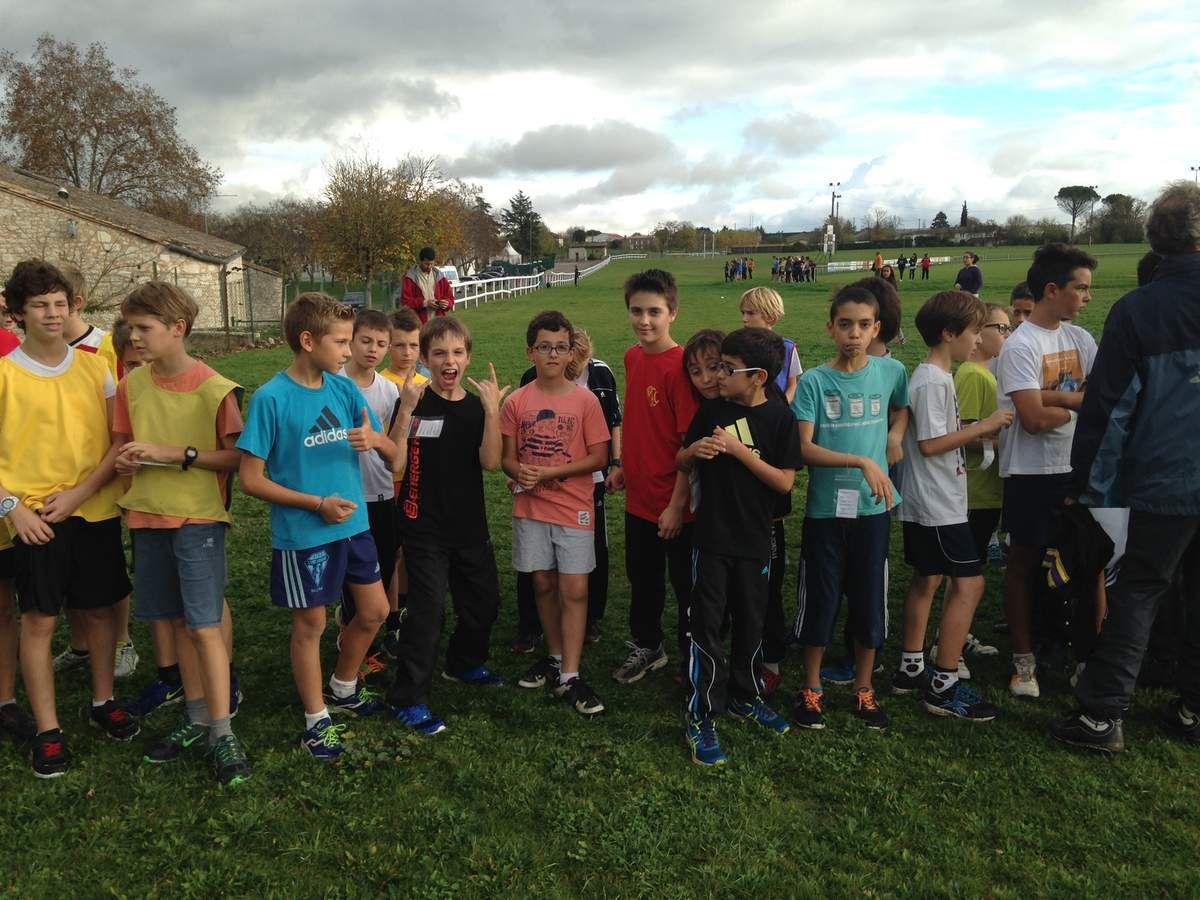 Le collège Saint-Pierre fait le plein de médailles au cross de district de Monflanquin!!!