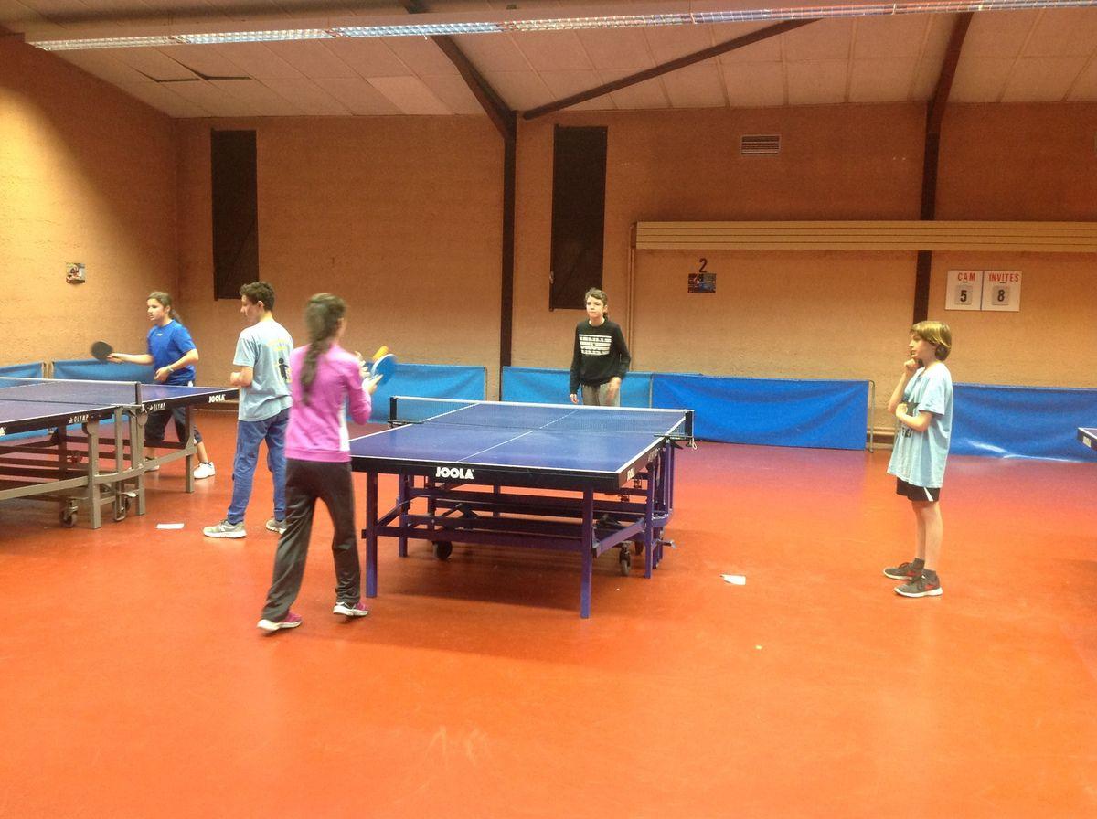Championnat régional de tennis de table UGSEL à Bordeaux.