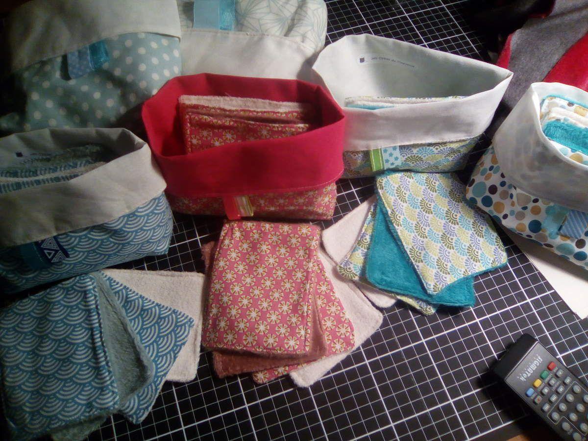 les 8 lingettes lavables et leur pochon de rangement, en coton et éponge de bambou ou minkee.