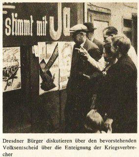 Citoyens de Dresde au moment du référendum en Saxe (1946).