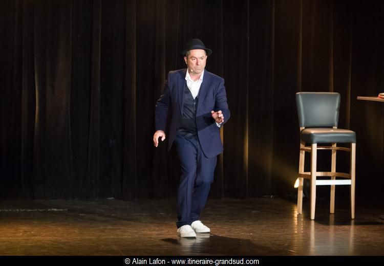 Yves Pujol sort les dossiers – Théâtre Daudet – 23 mars 2019