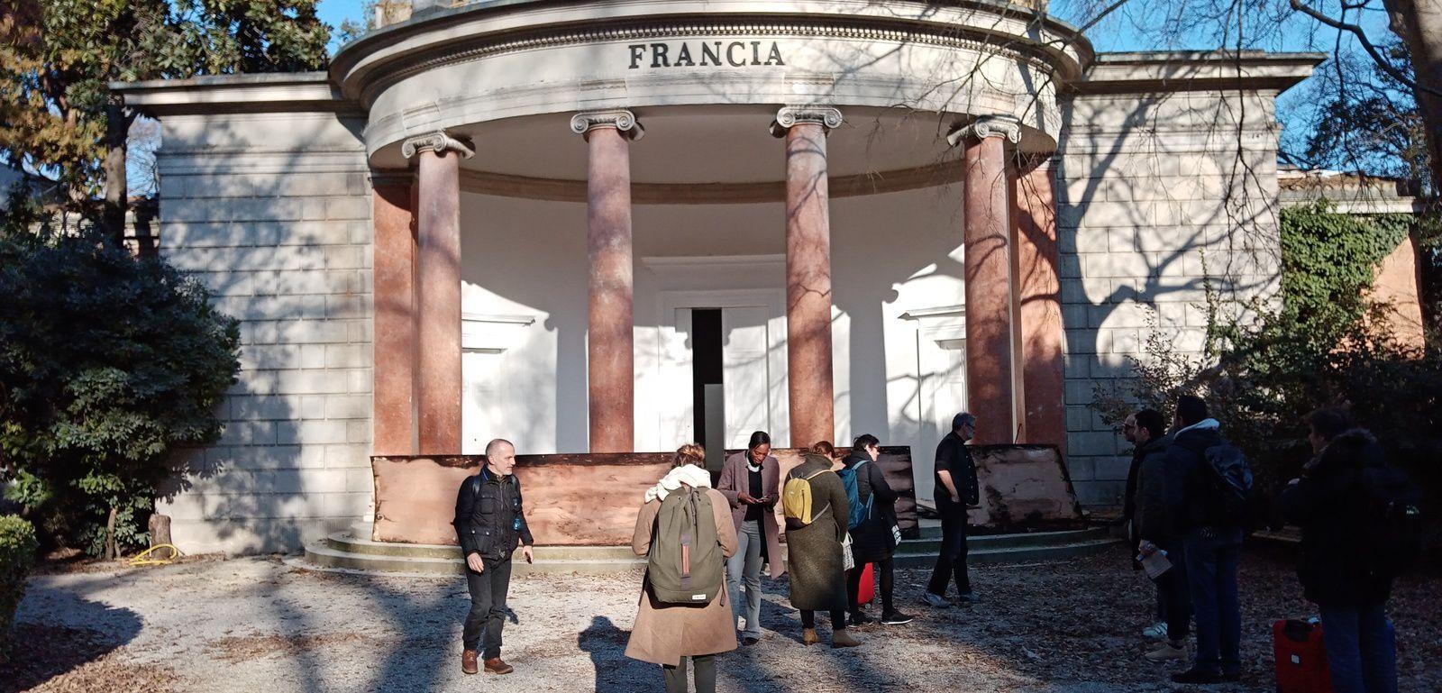 L'atelier learning from au pavillon français pour la XVIIème biennale internationale d'architecture de Venise