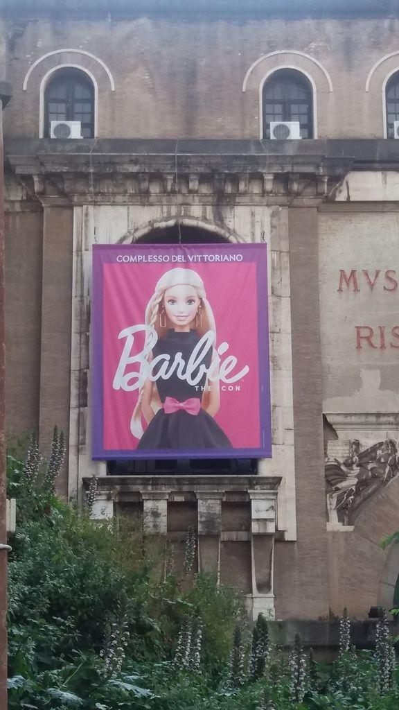 Barbie Basic 1-6.