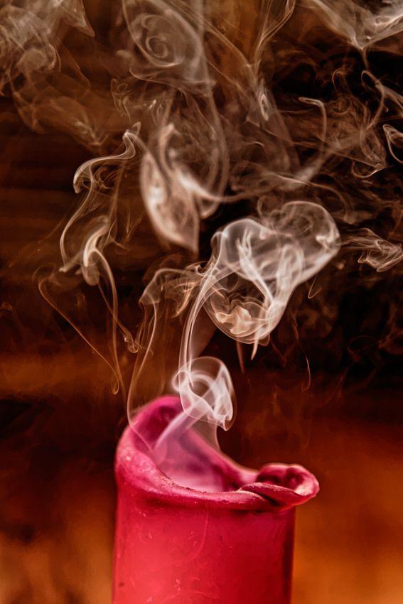Bougie et fumée
