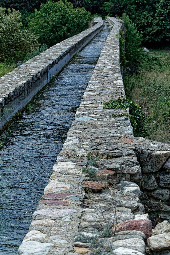Pont-aqueduc d'Ansignan