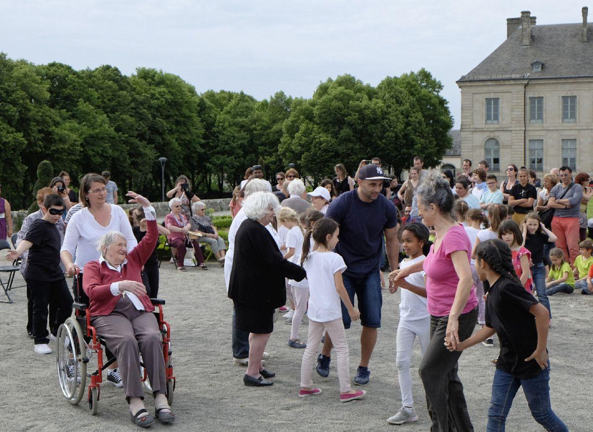 Fête intergénérationnelle à Limoges