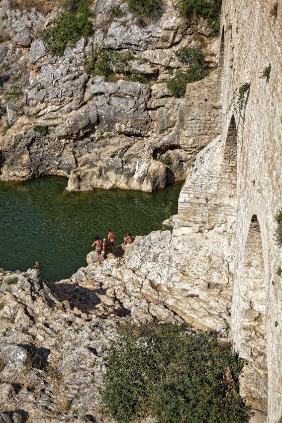 Au pied du Pont Du Diable