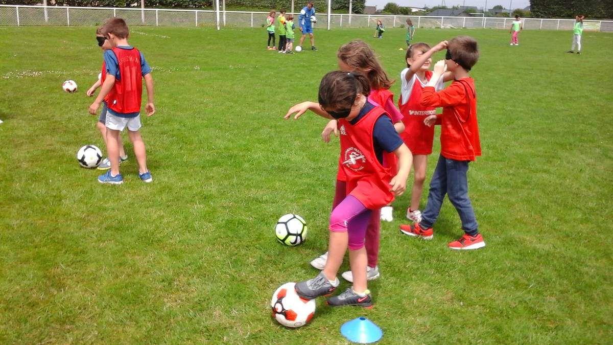 Initiation au football pour les CP- CE1 et pour les C.P.- C.E.2