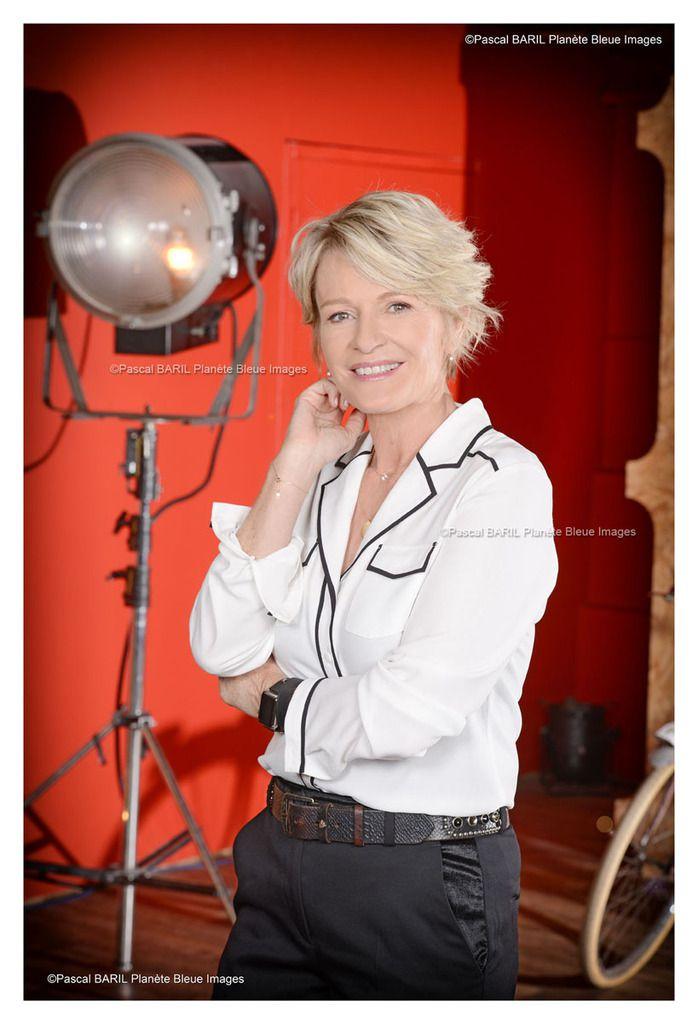 Télé Poche Sophie Davant en couverture...