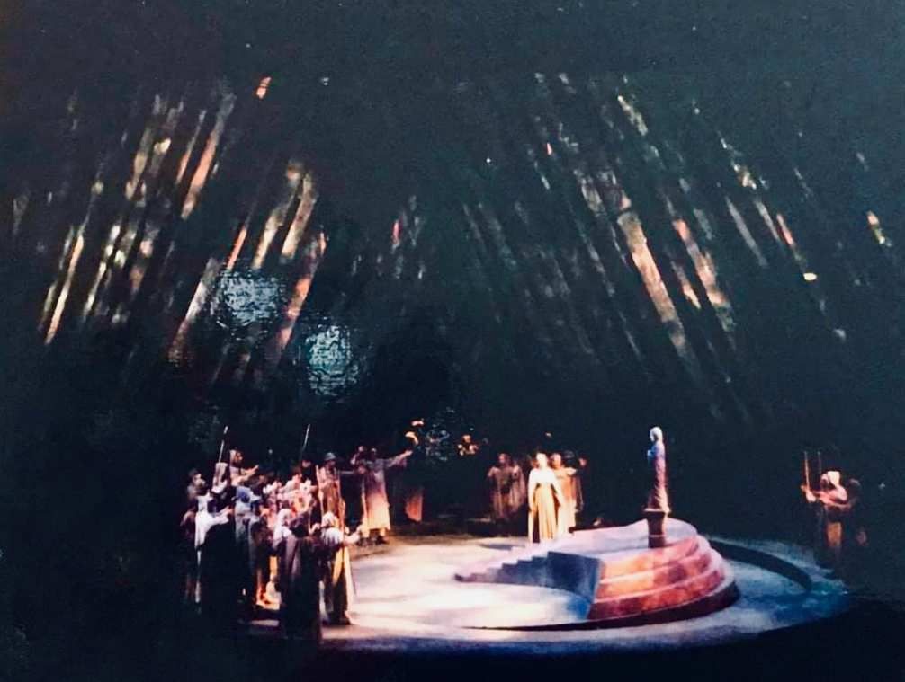 Tannhauser acte III final - m en sc Wolfgang Wagner.