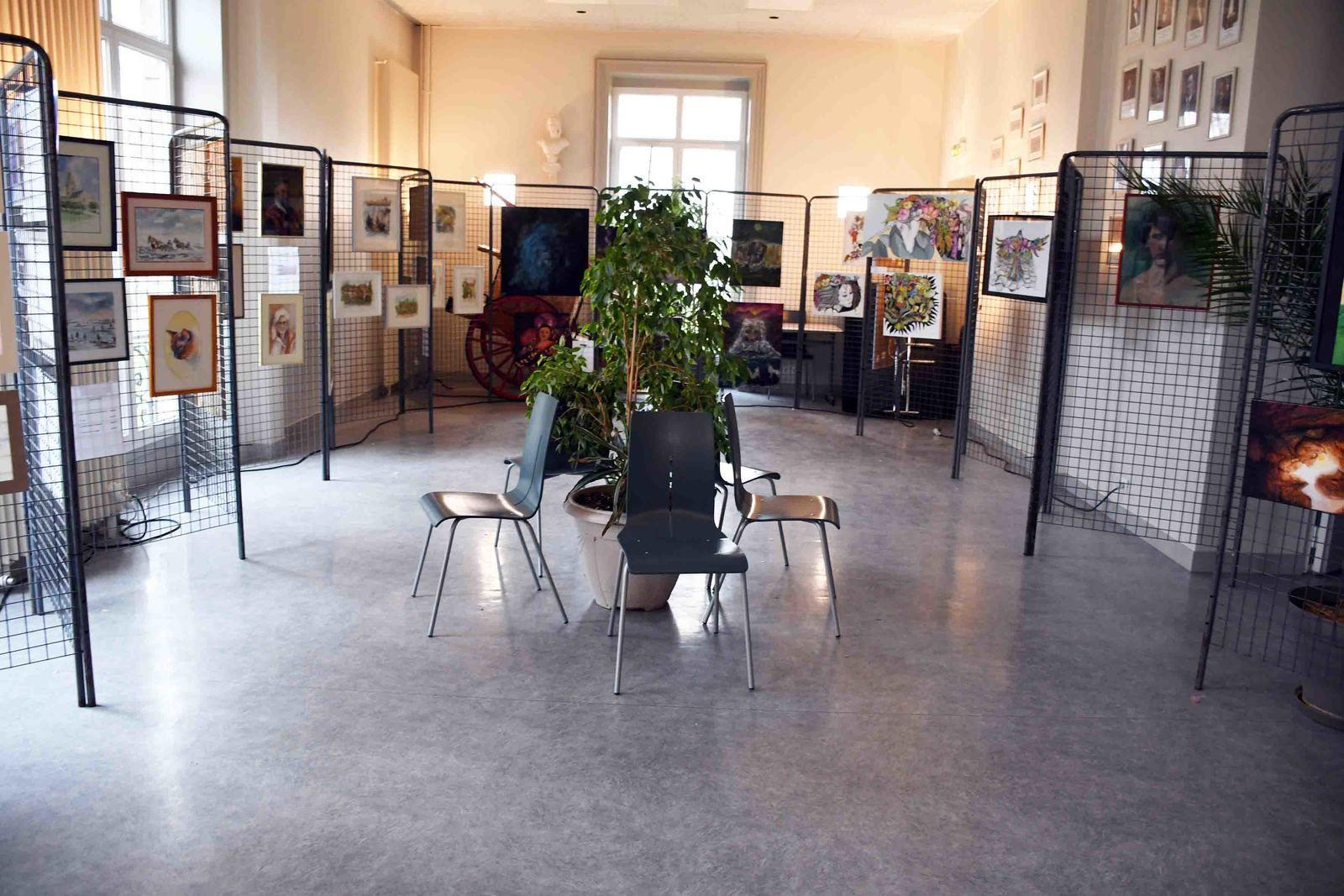21ème SALON DES PEINTRES D'ECQUEVILLY VERNISSAGE