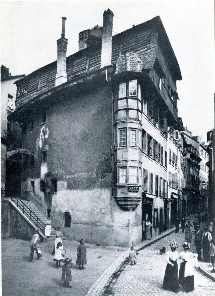 La « Maison bernoise » de la rue du Pré, détruite par un incendie en 1909.
