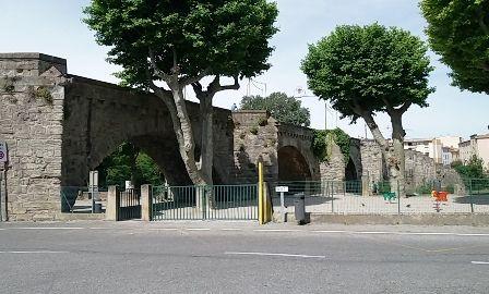 Carcassonne - le vieux pont.