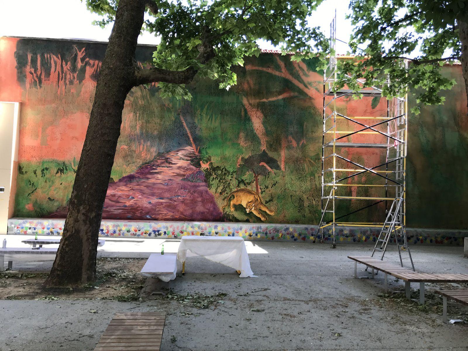 2020, Peinture murale 8m x 27m, cour du collège Pilâtre de Rozier, Paris 75011
