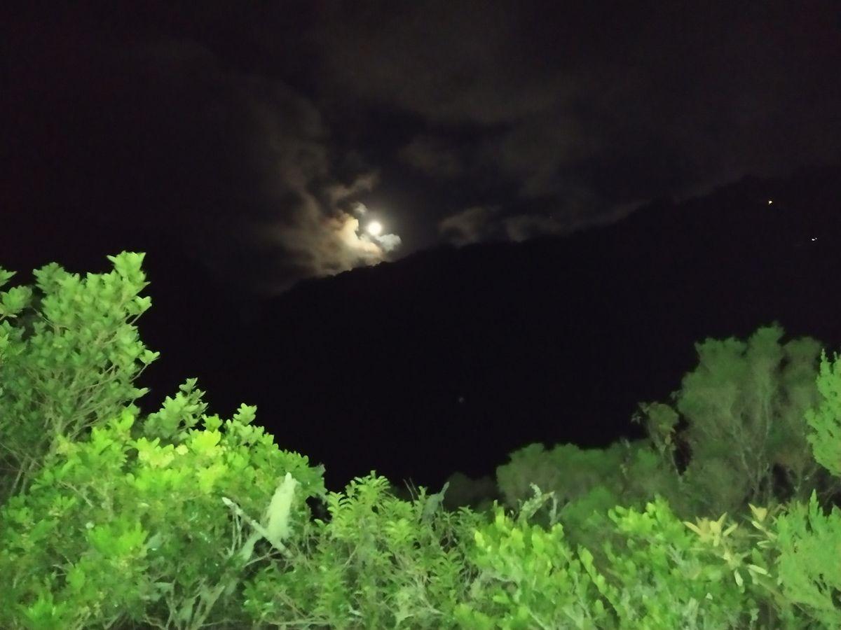Peu de photos dans Mafate by night, mais nos souvenirs sont là !