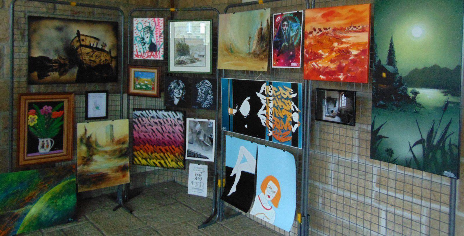 Expo en cours en soutien d'un jeune enfant malade à Plélan le Petit (22)