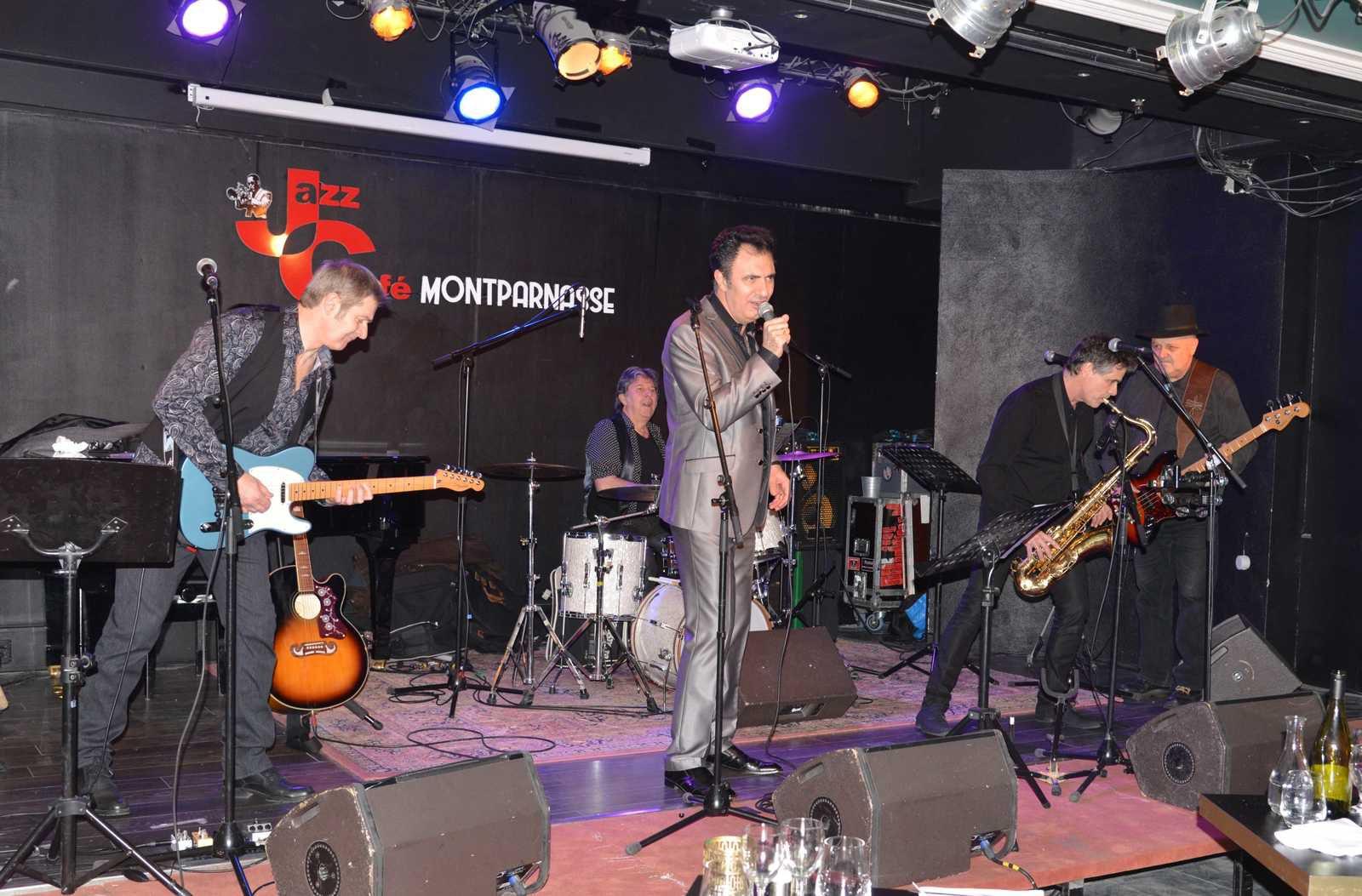 Grasse à L'Antivirus NORTON , la Dernière Séance samedi 14 au Jazz-Café fermeture oblige.Belle prestation musicale sur Mr EDDY Merci Ricky - Jean-Michel - Paolo - Philippe Sax - Philippe Batterie .