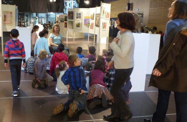 Salon 2017: Visites du salon de toutes les classes de  l'école Ferry Vaillant!