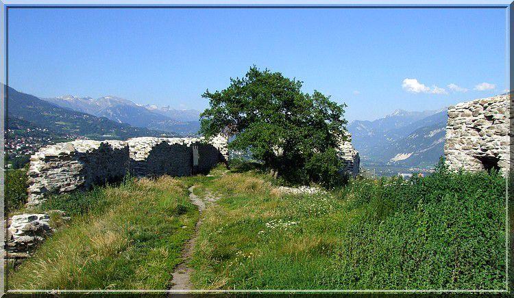 La vue sur la vallée du Rhône est magnifique