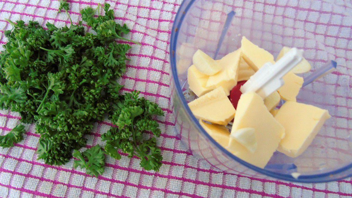 Beurre d'ail persillé