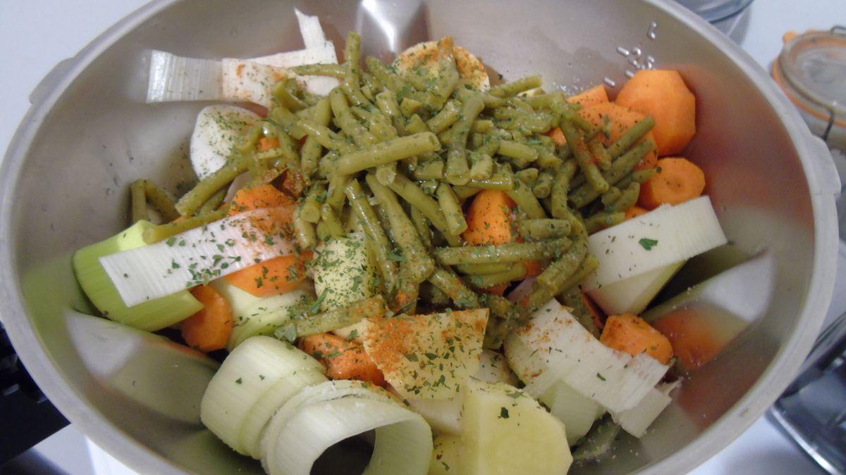 Souplette aux 4 légumes réalisée au Cook expert Magimix