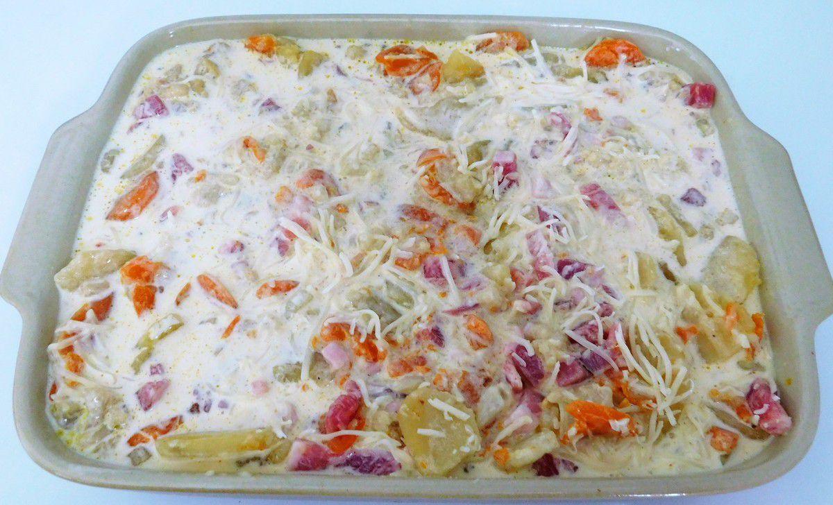 Gratin de chou- fleur , pommes de terre et carottes au Cookéo