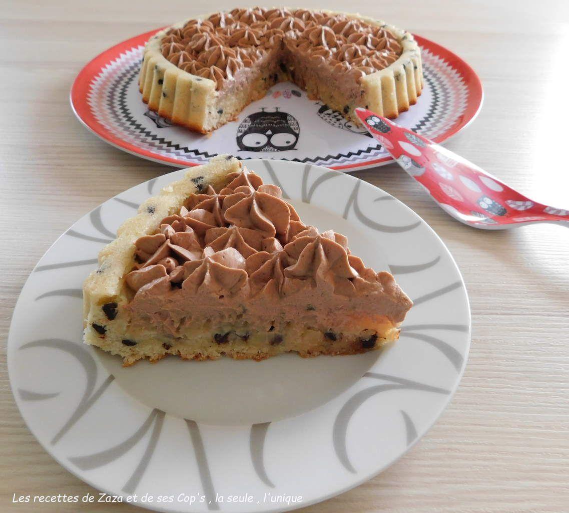 Tarte aux poires sur sa ganache montée au chocolat au lait sur biscuit financier aux pépites de chocolat noir