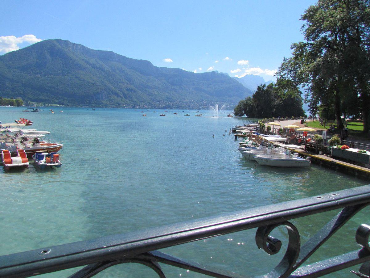 Tenté par un voyage à Annecy ?