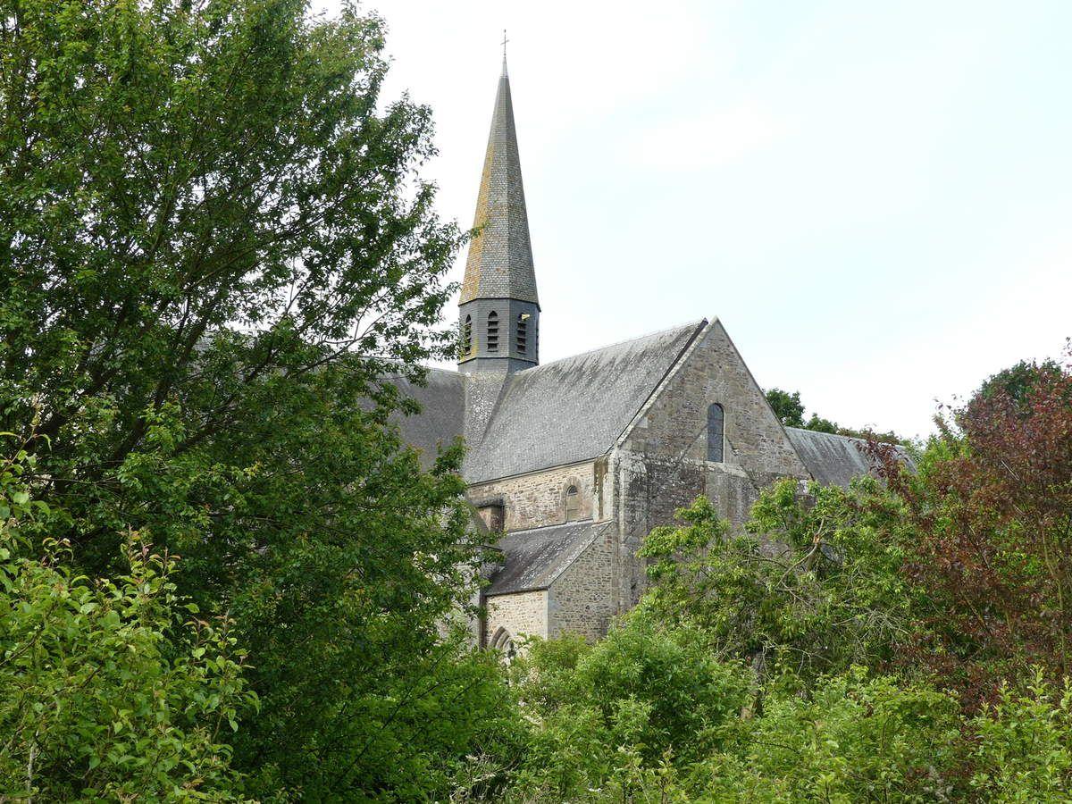 Abbaye Notre Dame de Boquen // Création conception réalisation et mise en oeuvre des vitraux // juin 2016 - mai 2019 // fin de 1ère tranche