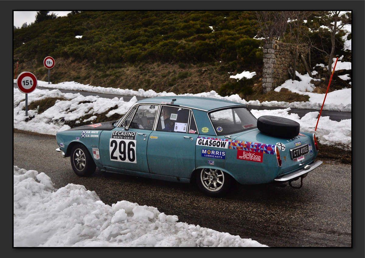 Ranald WHITE (GBR) Karsten BROWN (GBR) - Rover 2000 SC de 1964