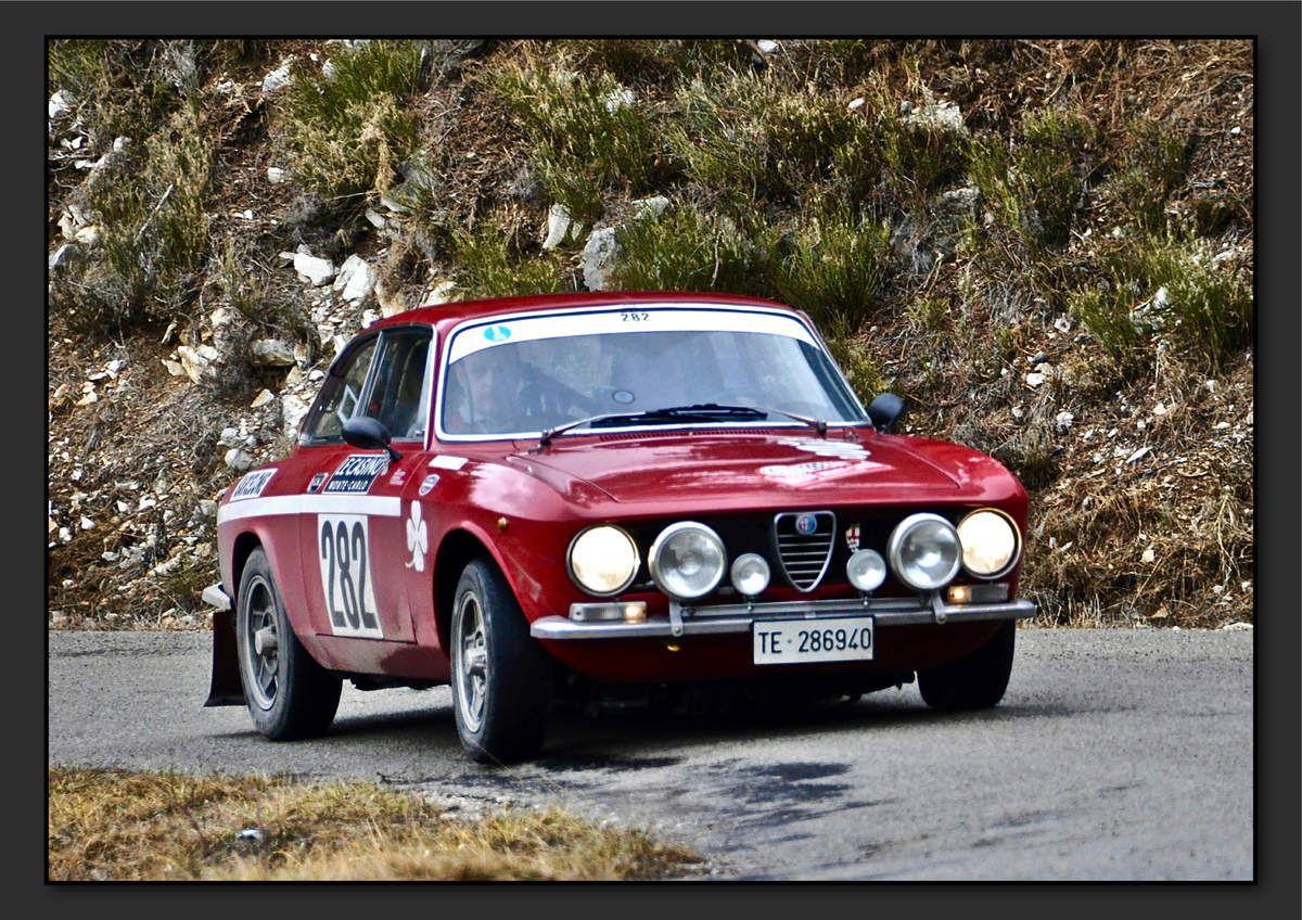 Gabriele SENO (ITA) Alberto BERTUZZI (ITA) - Alfa Romeo GT Junior 1300 de 1971