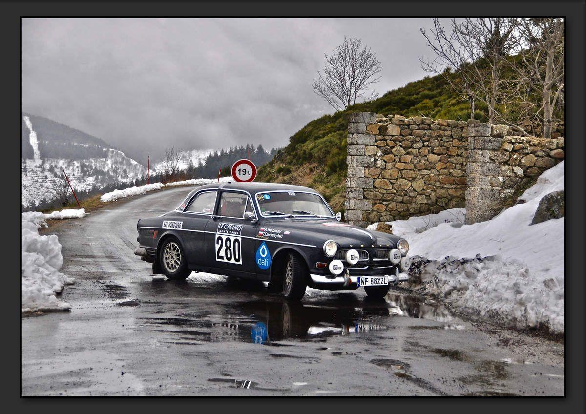 Tomasz CIECIERZYNSKI (POL) Andrzej WODZINSKI (POL) - Volvo 122 S de 1962