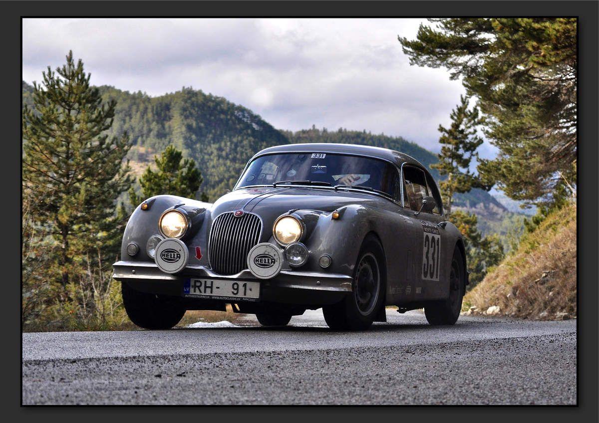 Boris VOLCHEK (LVA) Ilya ZAKMANS (LVA) - Jaguar XK 150 de 1958 - 34ème classement final