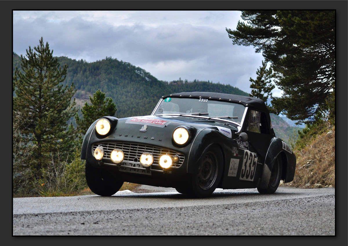 Emilio CABELLA (ITA) Angelo MATTIUZZI (ITA) - Triumph TR3 de 1960